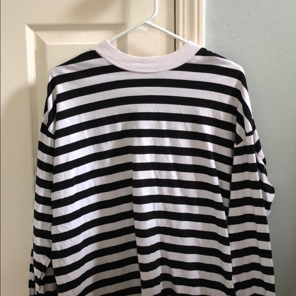 115500e29a Striped Mock Neck Long Sleeve. M_5b7b5c784cdc30692ce3c995